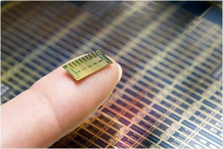 Biočipy MicroCHIPS se chystají změnit podobu dlouhodobé medikace