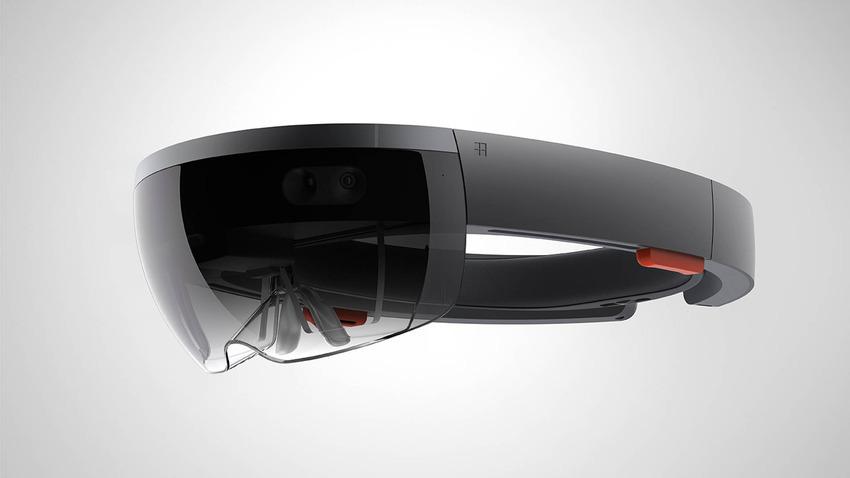 HoloLens: brýle holografického prostředí i ultravýkonný počítač v jednom