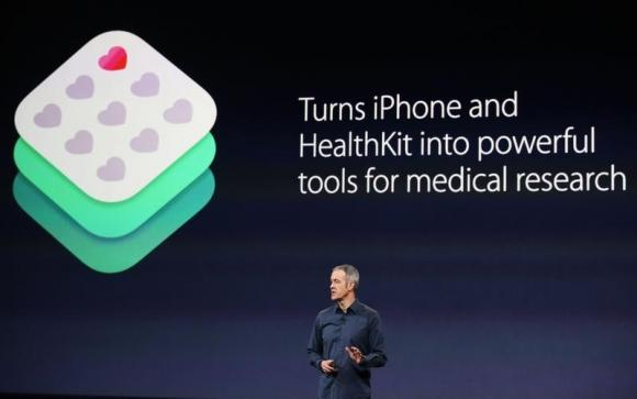 Jeff Williams představuje projekt ResearchKit na Apple Keynote