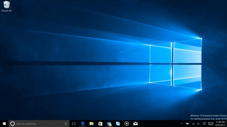 Nová výchozí tapeta Windows 10 společně s temným naskinováním systému