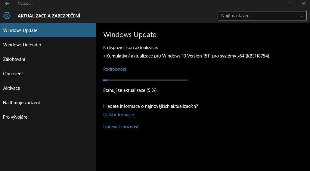Microsoft už záplatuje a vylepšuje podzimní upgrade Windows 10