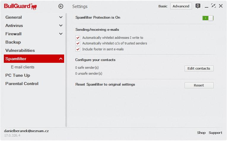 Spamfiltr je možno nechat automaticky se naučit kontakty známé