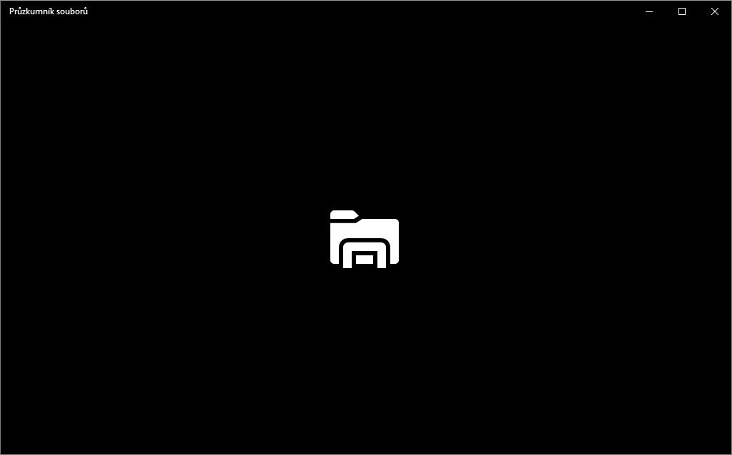 Po startu Průzkumní se na mžik objeví jen černá plocha aplikace s jednobarevnou ikonou