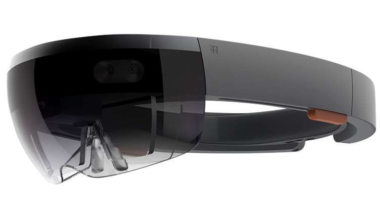 Microsoft HoloLens: jedny z VR brýlí použitelných pro Windows Mixed Reality