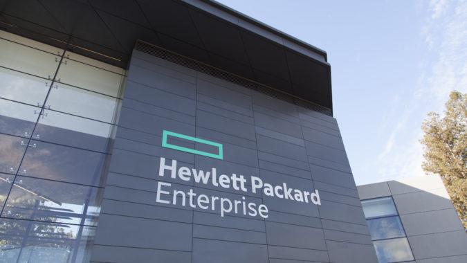 Veškeré bezpečnostní analýzy zdrojových kódů produktů HP Enterprise probíhají ve vývojových centrech firmy