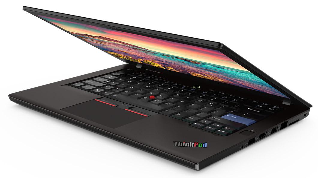 ThinkPad 25 Anniversary Edition většinu svých předností neskrývá, neboť vše vítané je pouze na povrchu