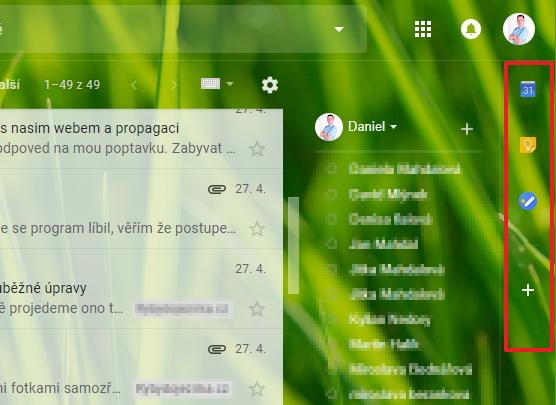 Zcela napravo se objevuje nová lištička s rozšířeními pro Gmail a s nástroji Googlu