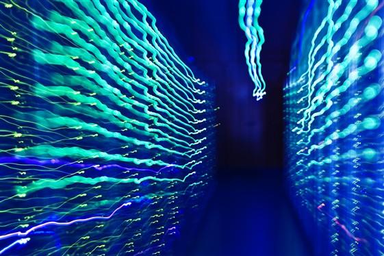 Procházka počítačovým centrem, autor: Veronika McQuade (Zdroj: CERN)