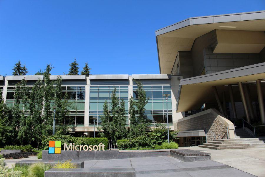Redmond zakázal celému světu Microsoft používat konkurenční software (Zdroj: Wikipedia.org)