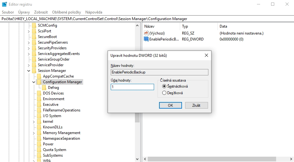 Ve složce registru HKEY_LOCAL_MACHINE\SYSTEM\CurrentControlSet\Control\Session Manager\Configuration Manager je třeba vytvořit klíč EnablePeriodicBackup