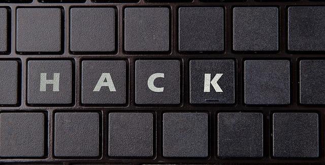 Největší kyberhrozbou je článek mezi klávesnicí a židlí (Zdroj: Pixabay.com)