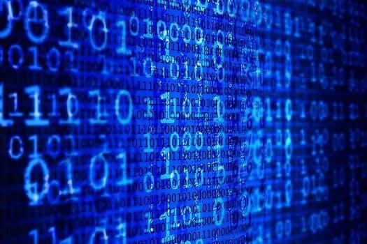 Penetrační testy se snaží proniknout mnohovrstevnatým kódem kyberobrany (Zdroj: Pixabay.com)