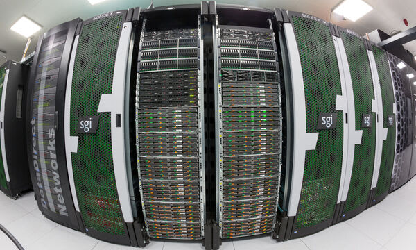 Fyzický ekvivalent ostravského superpočítače (Zdroj: IT4Innovations)