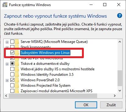 Navigujeme Ovládací panely - Programy a funkce - Zapnout nebo vypnout funkce systému Windows a odškrtneme Subsystém Windows pro Linux (Zdroj: Windows 10)