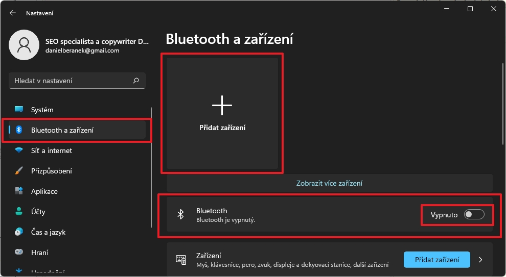 Postupujeme Nastavení - Bluetooth a zařízení - Bluetooth - Zapnuto - Přidat zařízení - Bluetooth a odklikneme požadované zařízení (Zdroj: Windows 11)