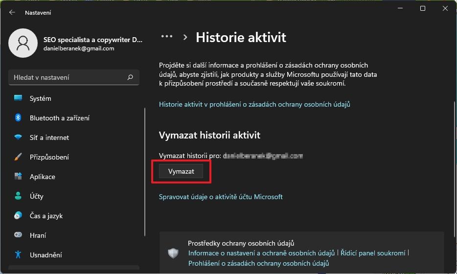 Nastavení - Ochrana osobních údajů a zabezpečení - Historie aktivit a v sekci Vymazat historii aktivit odklikneme tlačítko Vymazat u nabídky Vymazat historii pro: mail uživatelského účtu (Zdroj: Windows 11)